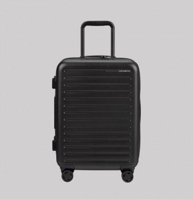 Maleta Spinner Expansible (4 ruedas) 55 cm Stackd color negro de Samsonite